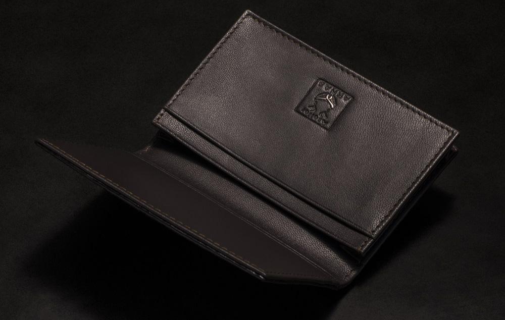 porte carte galuchat couleur noir aknas madoux 7