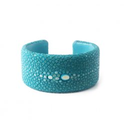 manchette galuchat turquoise 30mm perle 2