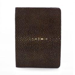 porte passeport galuchat couleur chocolat 1